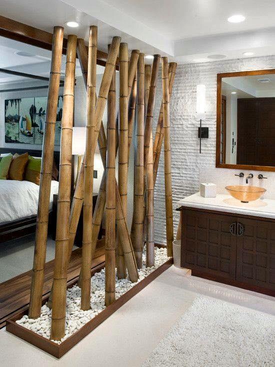 Perete separator din bambus